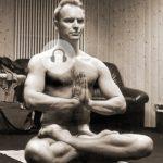 yoga sting2